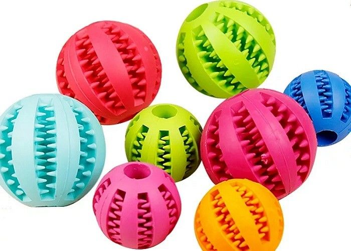 Non Toxic TPR Plastic Pet Toys 5cm Watermelon Pattern Ball For Teeth Cleaning